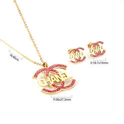 2020 New Arrival Bear Shape Cute Pendant Necklace and Earrin