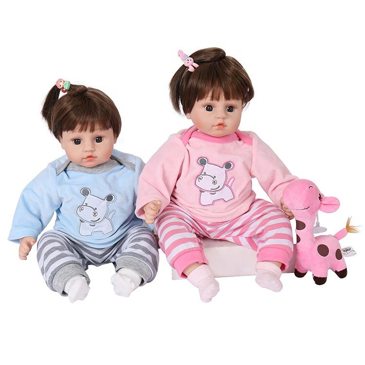 Dolls Kids Little Toddlers Girls Play Indoor Playtime BoxyGirls Willa And Fashion Pack BONUS Unicorn LIPGLOSS