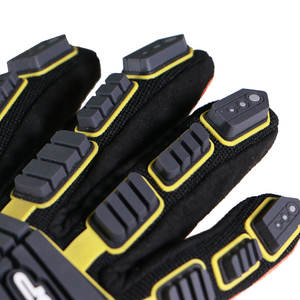 Waterproof Impact Gloves Customized Gloves for Oilfield Worker
