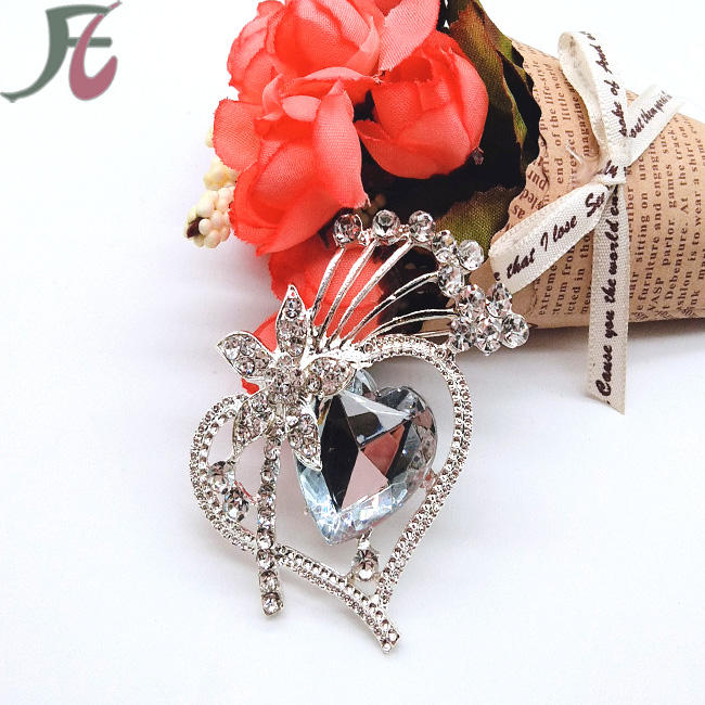 party supplies saree brooch heart rhinestone brooch fashion brooch for ladies