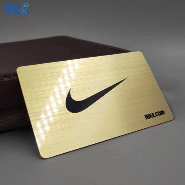Free Design and Sample Brushed Gold Plated Metal Business Card