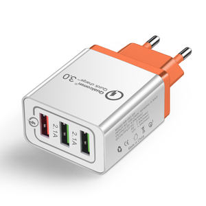 5V 2.1A QC3.0 US Plug Ponsel Portabel 3 Port USB Perjalanan Dinding Charger Adaptor