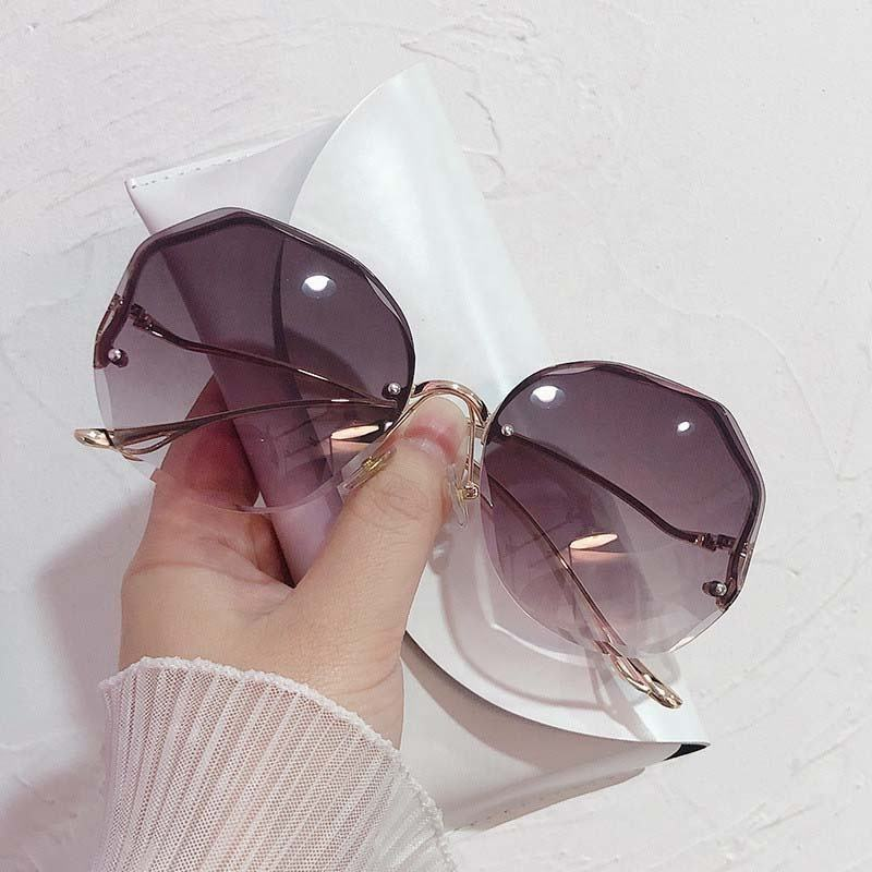 Wholesale Ladies Sunglasses Women Modern Oversized Party Women Sun Glasses