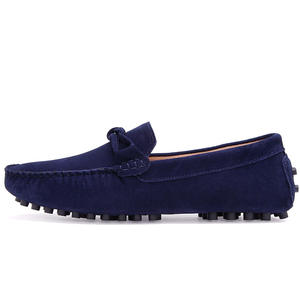 Wholesale Moccasins Adult Car Slippers Cow Suede Leather Slip on Winter Driving Causal Shoes Flat House Slippers for Men