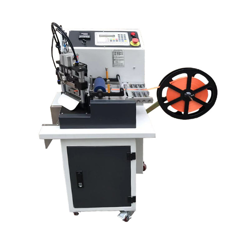 ZCUT-610 Hot selling Rotary knife 45 degree tape cutting automatic nylon ribbon string cutting machine