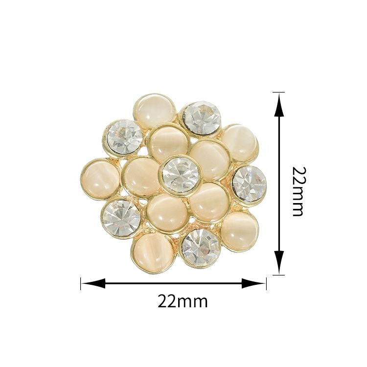Latest Design Fashion Pretty Gold Plated Fancy Flower Button with Rhinestone for Lady