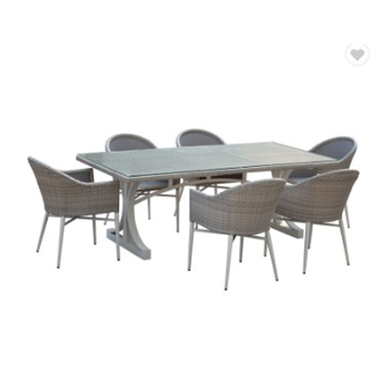 Good Quality Factory Aluminum Wicker Outdoor Furniture PE Rattan Garden Dining Table und Chairs Set For Patio Use