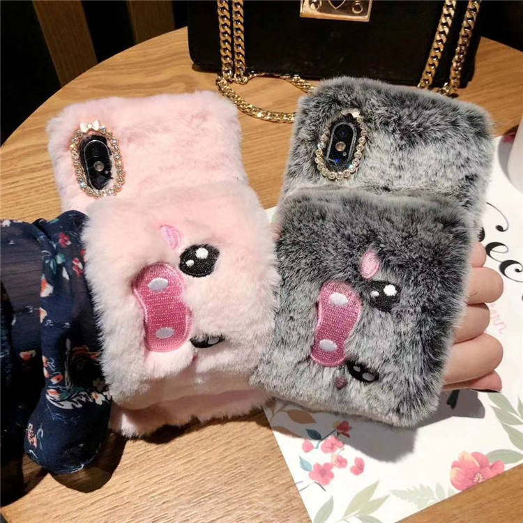 embroidery lovely Fashion Hand warmer plush Anti-slip For iphone xs 11 pro max Hairy warm gloves For iphone XS case for women