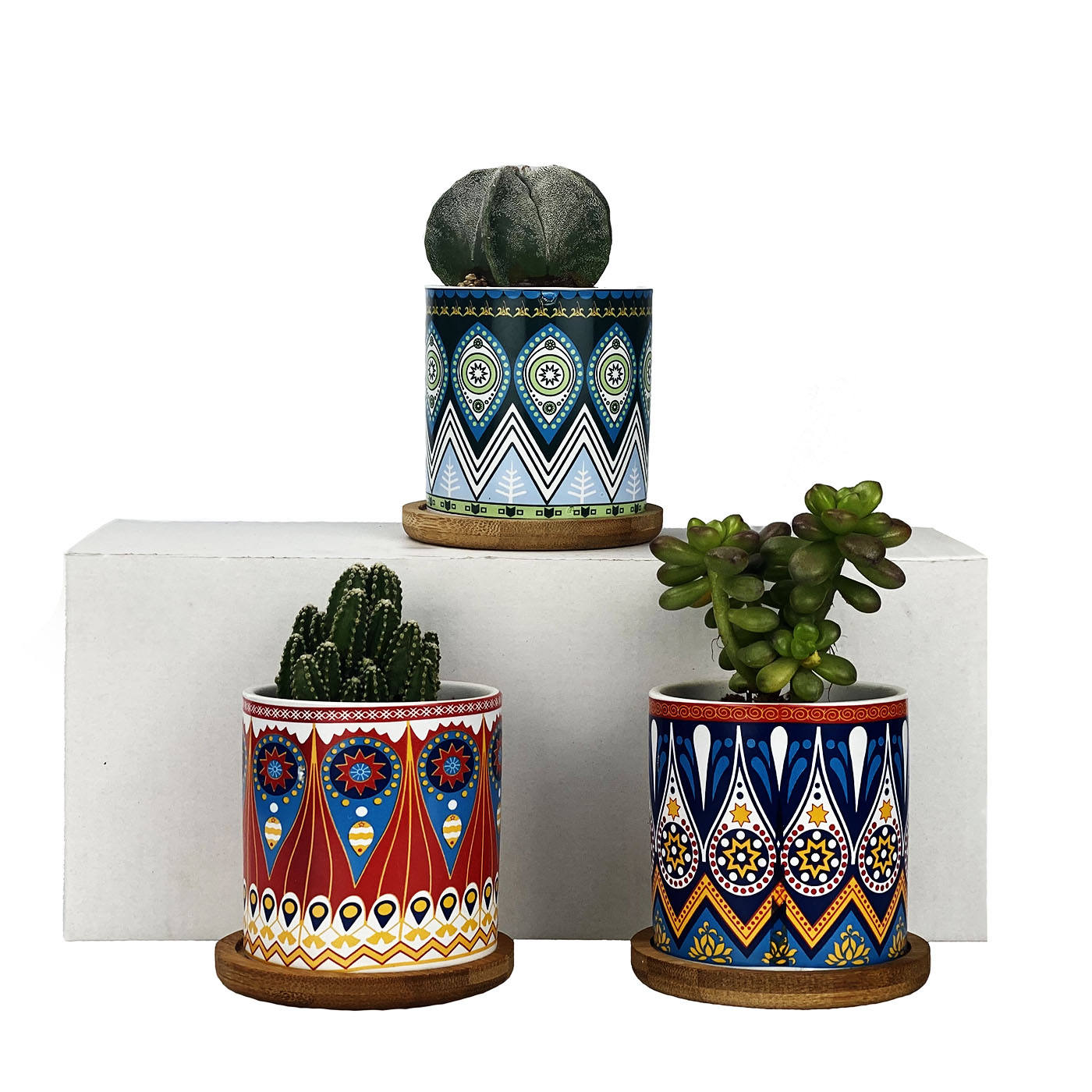 Nordic Style Custom Pattern Furnishings Breathable Garden Ceramic Flower Pot Planters Indoor