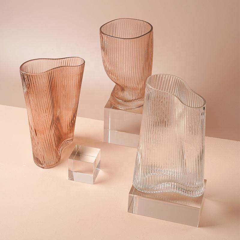 Wholesale Display Art Glassware handblown colorful glass vase for home and office decoration