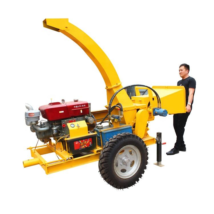 China Forestry Mobile Diesel Engine Wood chipper shredder Branch wood Chip Crusher Machine For Sale