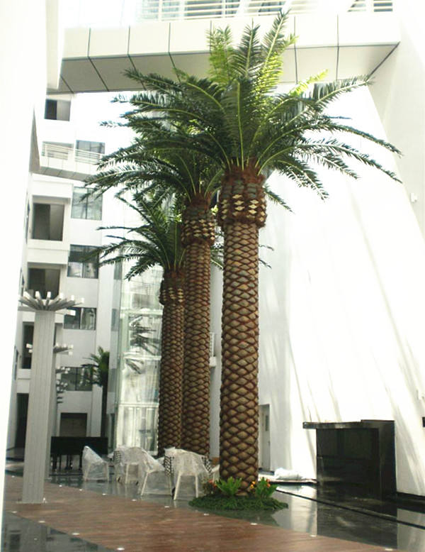 Customized Size Palm Tree Bark Artificial Date Palm Tree for Outdoor Decoration