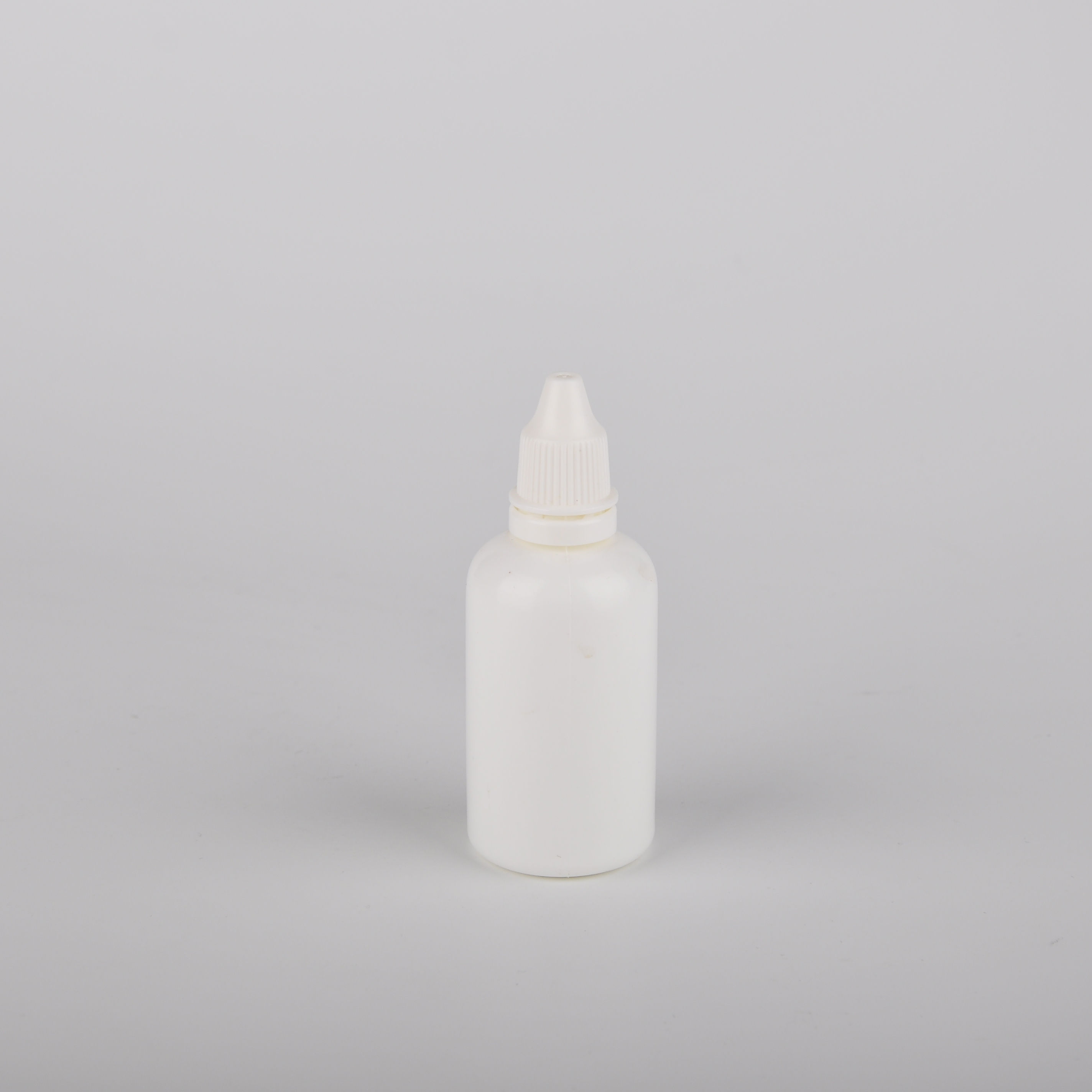 Wholesale White Empty Bottle Dropper Cosmetic Hot Package Eye Dropper Bottle