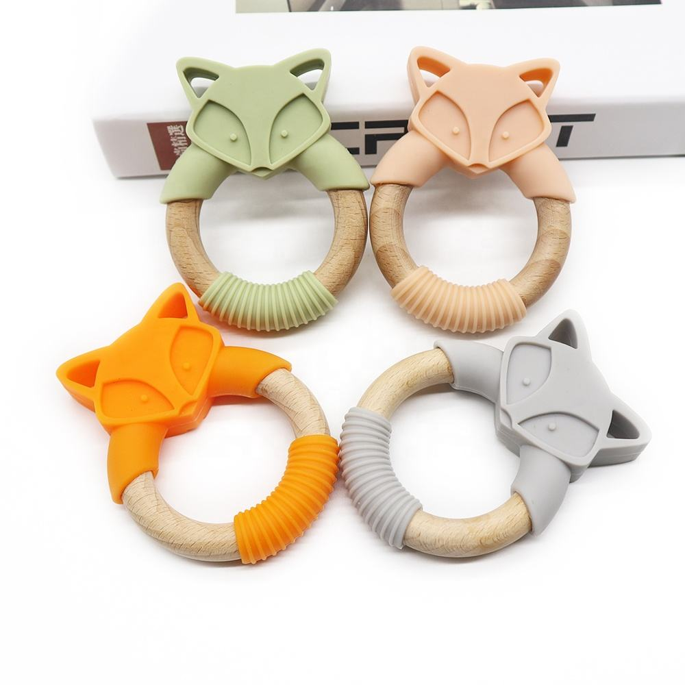 Wholesale New Teething Food Grade Baby Products Sensory Toys Baby Teething Pendant Animals Fox Silicone wood Teether