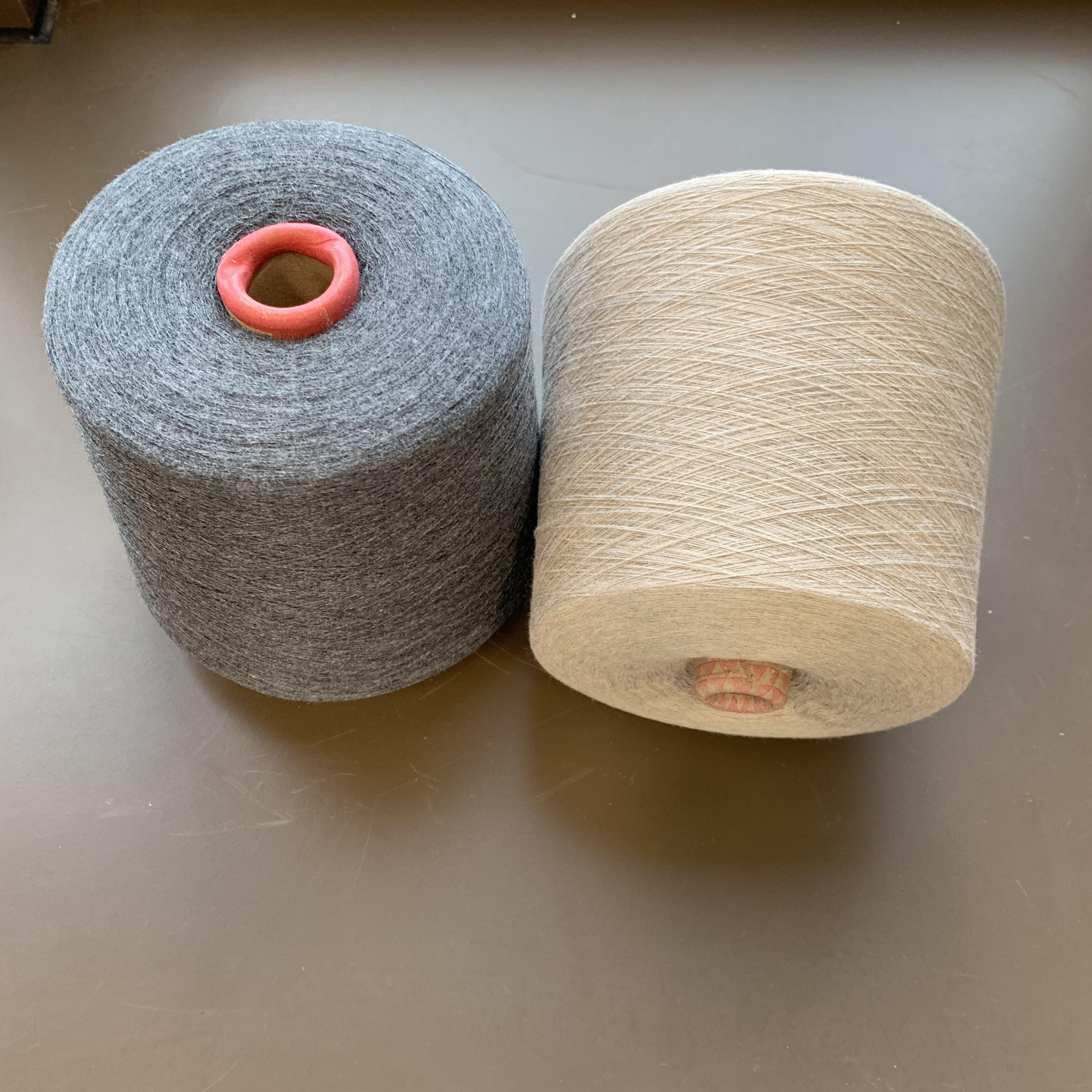 Recycled Polyester Yarn Blended 2/44NM 55%RECYCLE POLYESTER 20%ACRYLIC 20%NYLON 5%WOOL KNITTING YARN