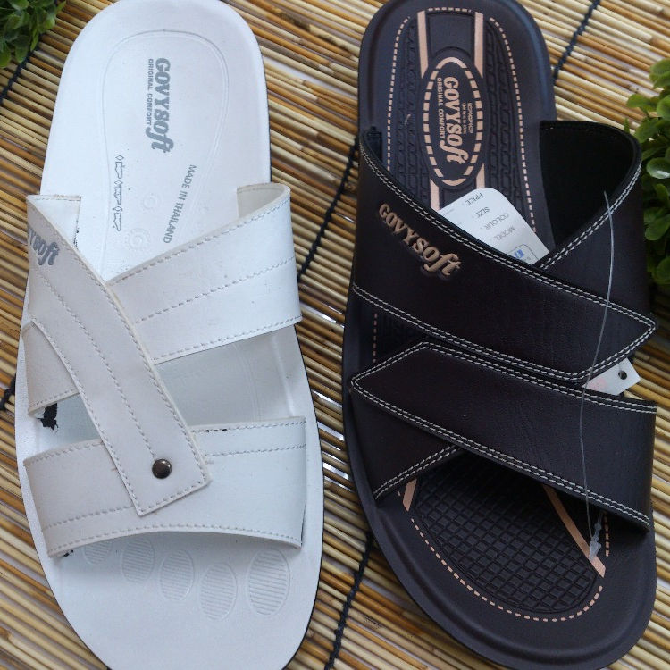 High Performance Product Advance PU Leather Slipper for Man