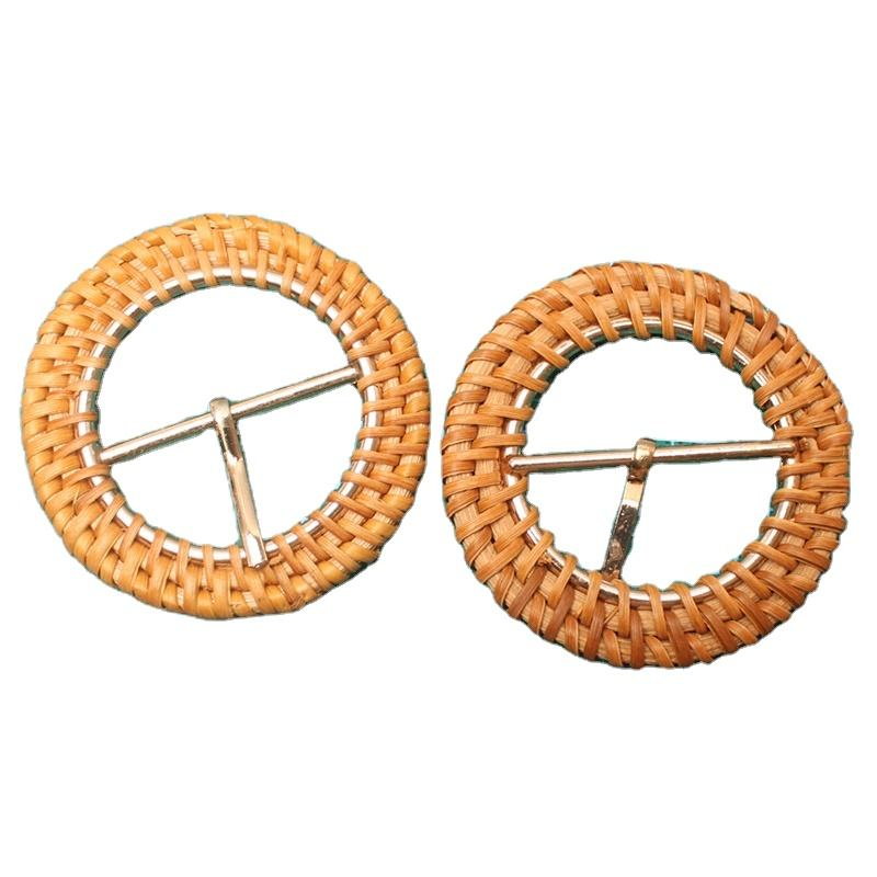 Classic bamboo rattan wood natural button buckle handwoven 40mm rattan buckles for lady clothes belt decoration