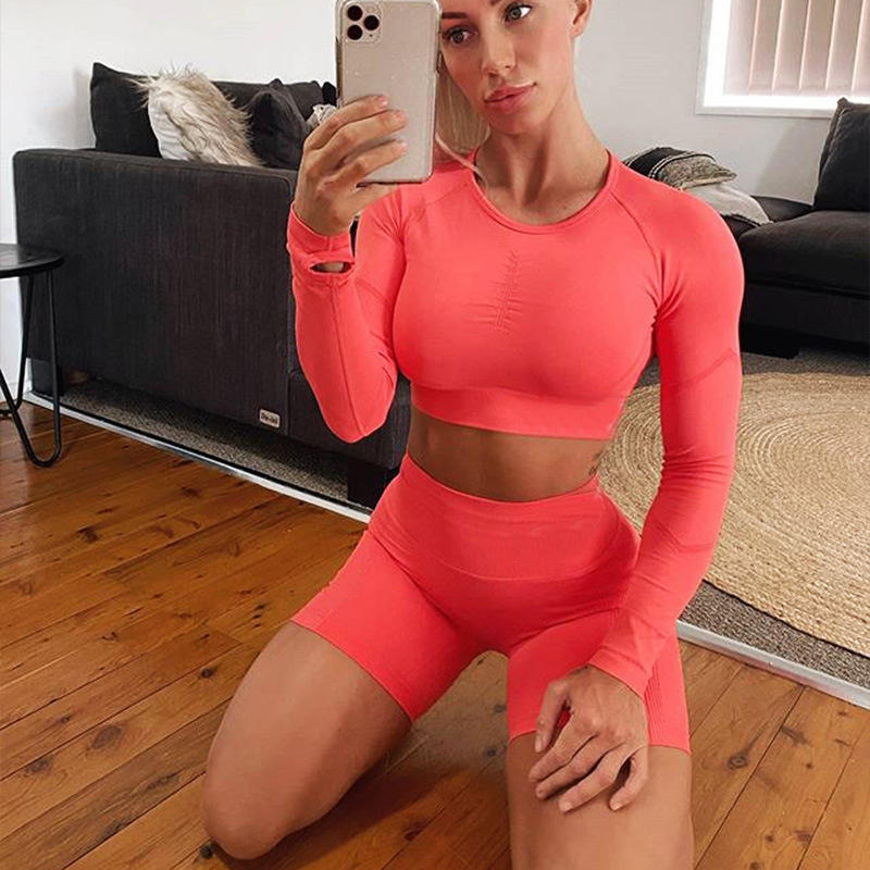 Wholesale And Custom Logo Scrunch Yoga Candy Colors Fitness Butt Lift Crew Neck Long Sleeve Womens 2pc Short Set Company