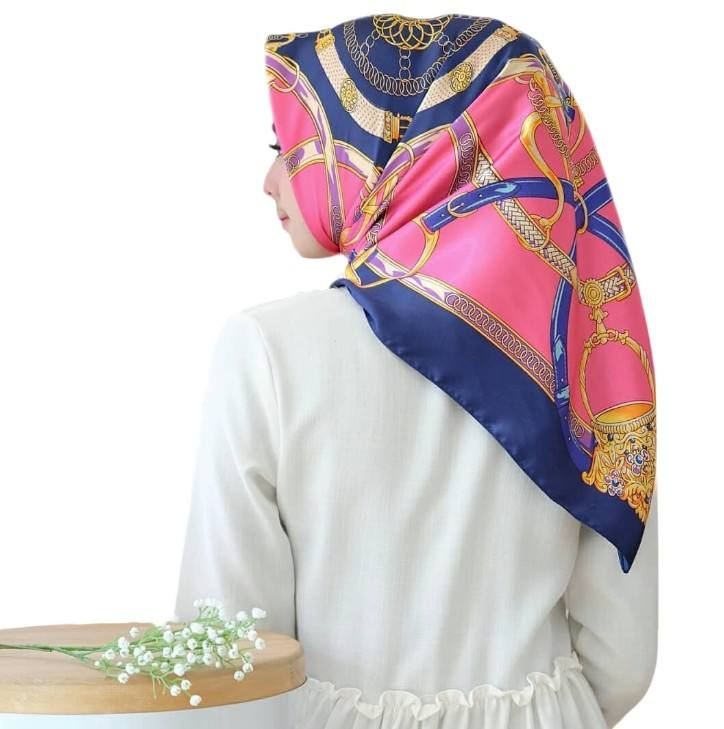 Women's Silk Square Neckerchief Square Neck Scarf office Ladies carriage chain key pattern satin silk printed summer scarf