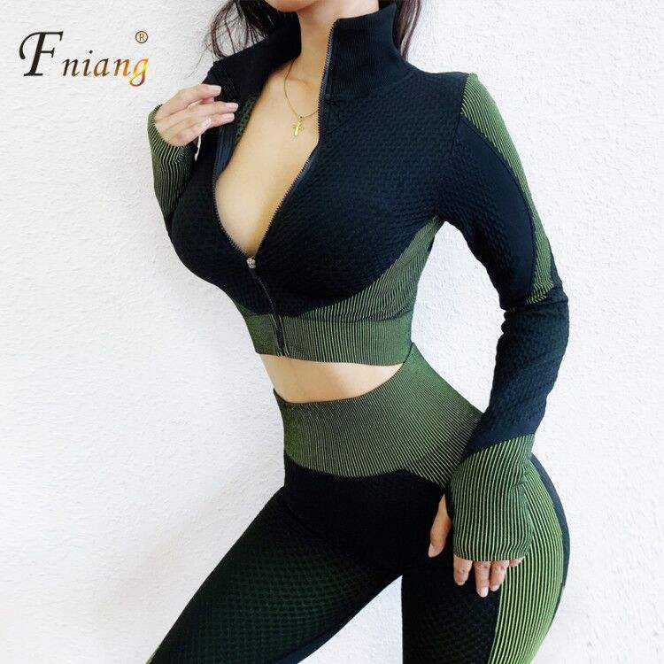 2020 new long sleeve yoga suit sport Plus-size women's wear running breathable seamless fashion sport casual yoga pant suit