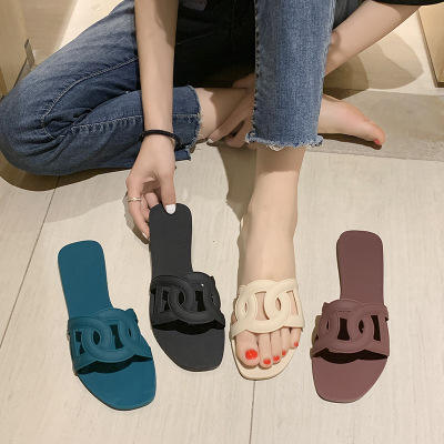Summer New Design Fashion Shoes Pig Nose for Women Slipper Beach Jelly Ladies Flat Sandals