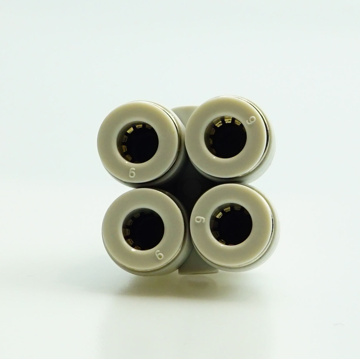Factory supply Plastic fittings Air line Fitting pneumatic connector