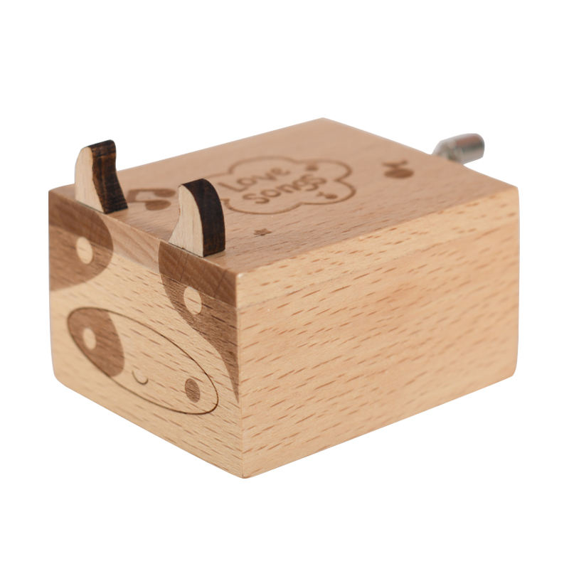Cute calf hand crank wood crafts engraved music box for friends