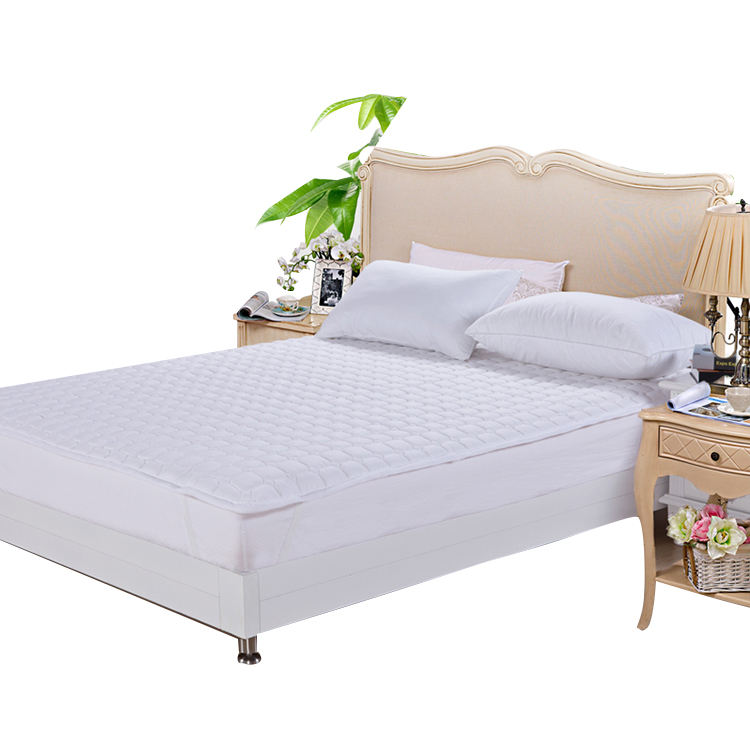 Christmas wholesale high quality white polyester terry quilted waterproof mattress protector