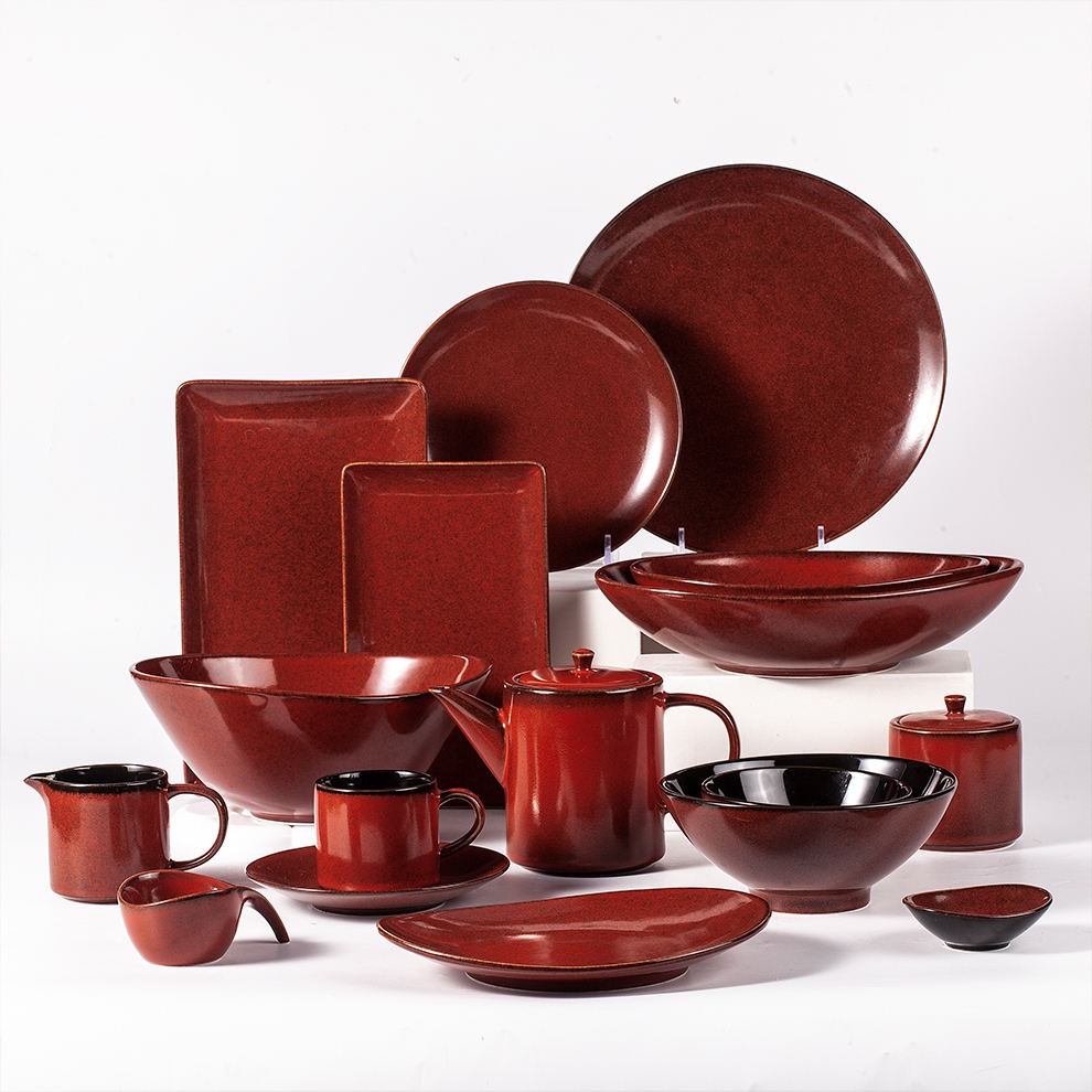 Wholesale Low Quantity Cheap Price Porcelain Plate Bowl Set Party Rent Bistro Speckle Red Ceramic Dinnerware
