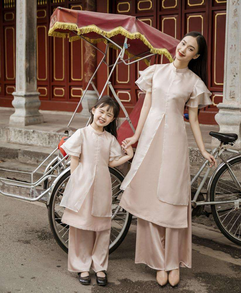 2020 Latest Fashionable Mommy and Me Outfits Dress Family Matching Clothing