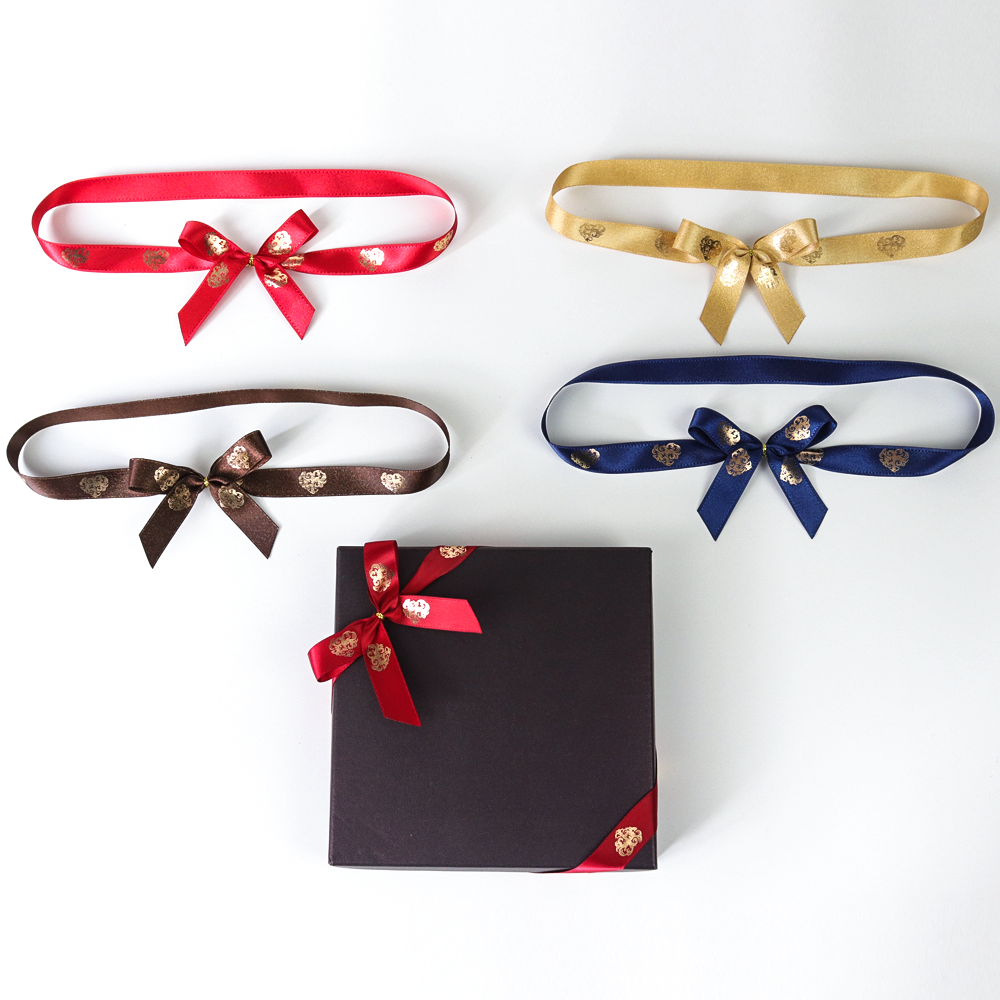 Wholesale customise Pre Tied Polyester Satin Ribbon Bow With elastic loop for gift decoration