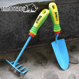 Wholesale Portable Outdoor Garden Hand Tool Long Wooden Handle Miniature Tools Set For Kids