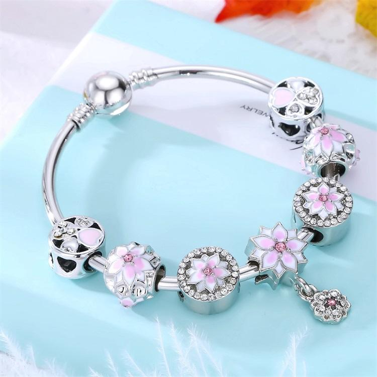 2020 Zinc Alloy Bracelet with Rhinestone Heart Charms Bangle Crystal Beaded Bracelets For Woman Gift
