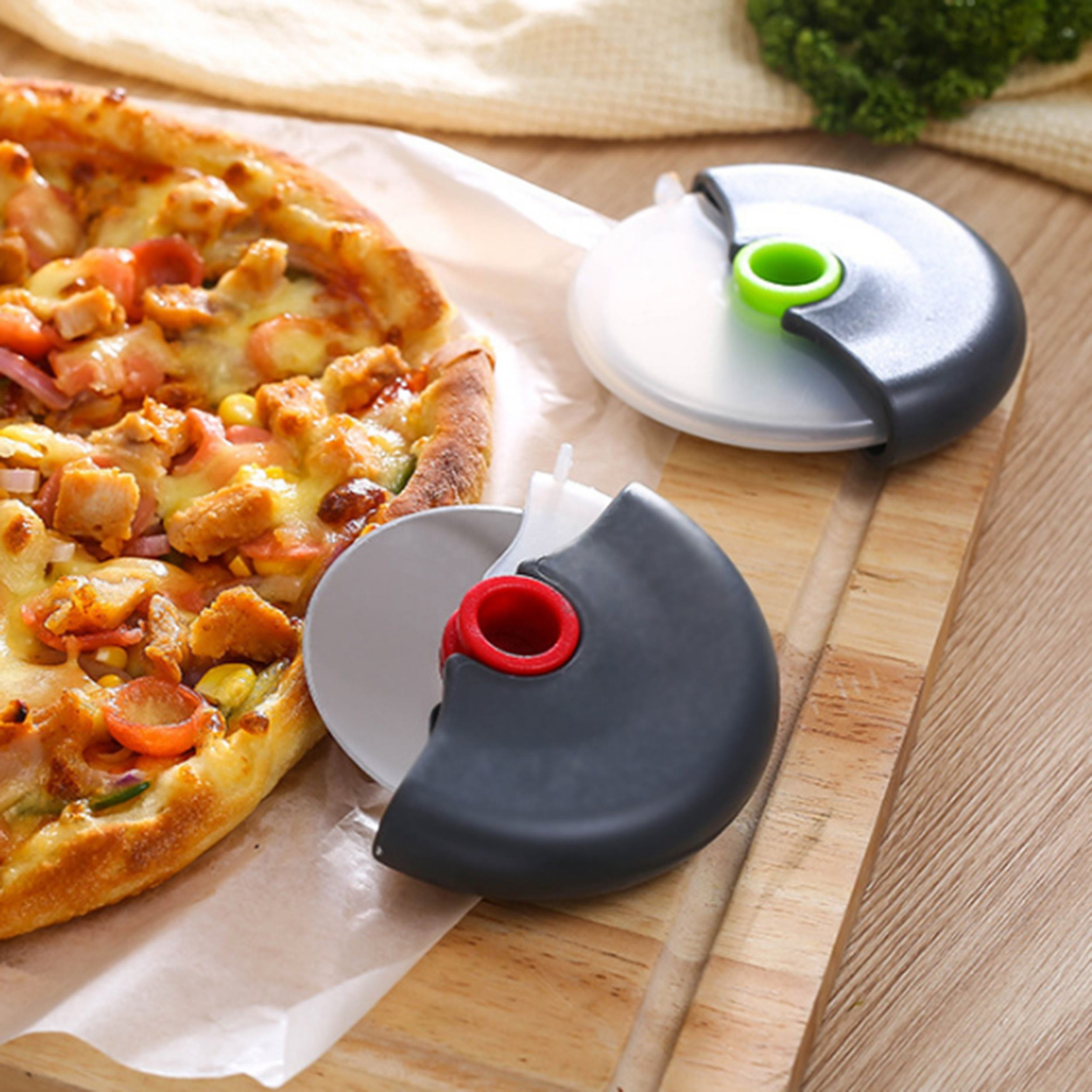 Wholesale custom kitchen baking stainless steel blade round pastry pancakes pizza cutter knife