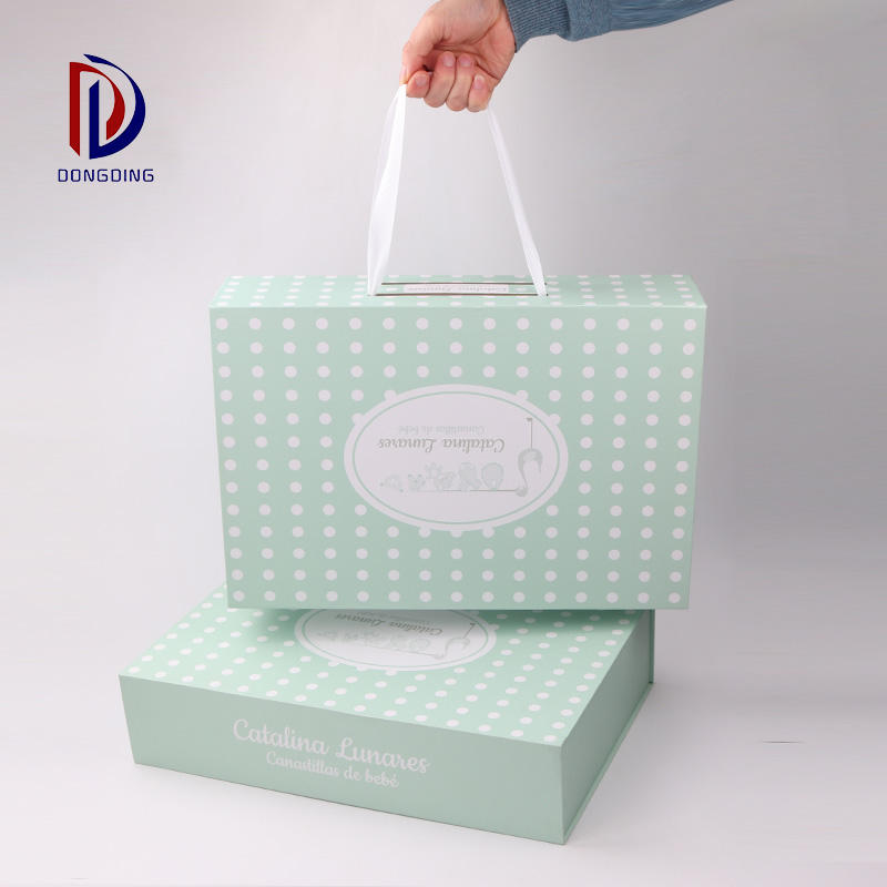 Customized universal folding gift box clothing shoes and hats decorative cosmetics packaging box