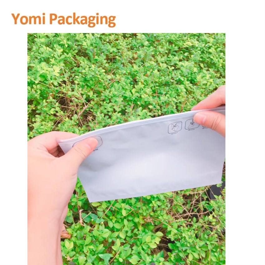 Eco-friendly Custom Smell Proof Mylar ziplock bags Pinch N Slide Resistant Exit Double Zipper pouch for food