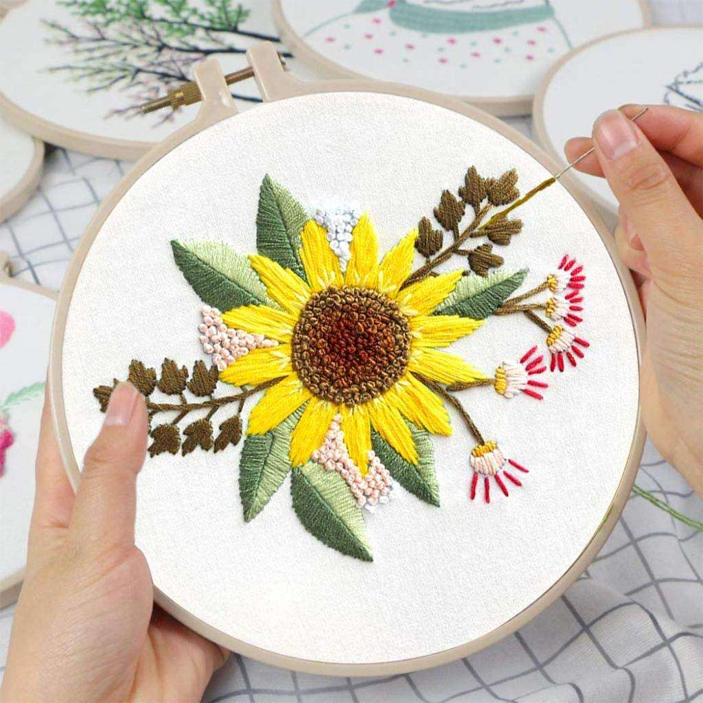 Arts And Crafts Handmade sunflower Pattern Embroidery Kit With Hoop Punch Needle Embroidery starter Kits