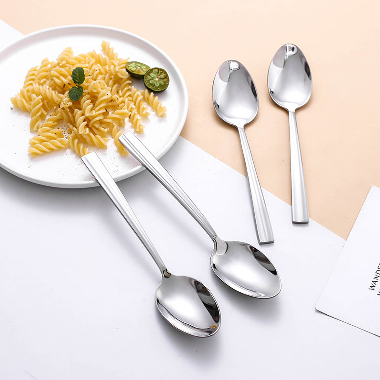 Wholesale Price Food Dinner Spoon Flatware Gift Box Luxury Table Cheap Stainless Steel Cutlery Set Spoon