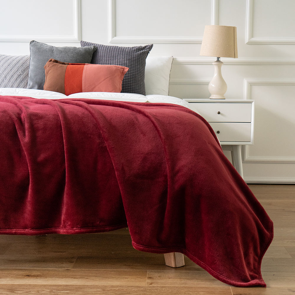 Flannel Fleece Lightweight Cozy Plush Bedspread/Coverlet/Bed Cover