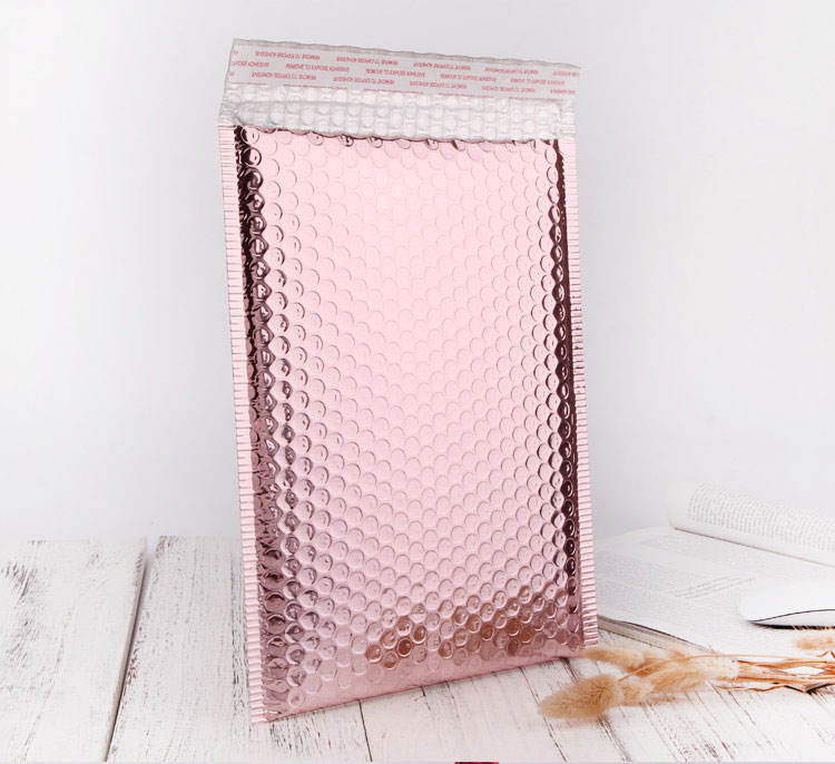 Shinning package cosmetic packaging metallic foil rose gold plastic padded envelopes mailing poly bubble mailers bags