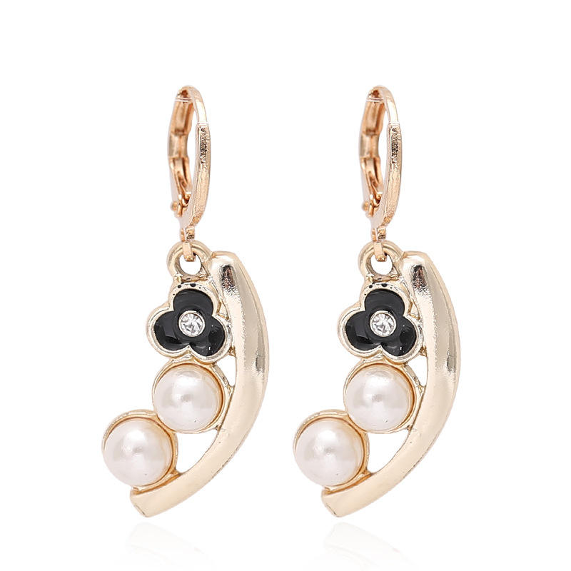 2020 Ebay Hot Sell Celebrity 18 K Gold Plated Oil Drip Flower Pearl Charms Earrings