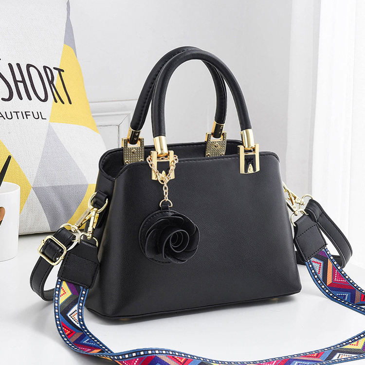 Bags Handbags Wholesale 2019 New Hanging Flower Handbags Elegant Shoulder Diagonal Package Factory Direct