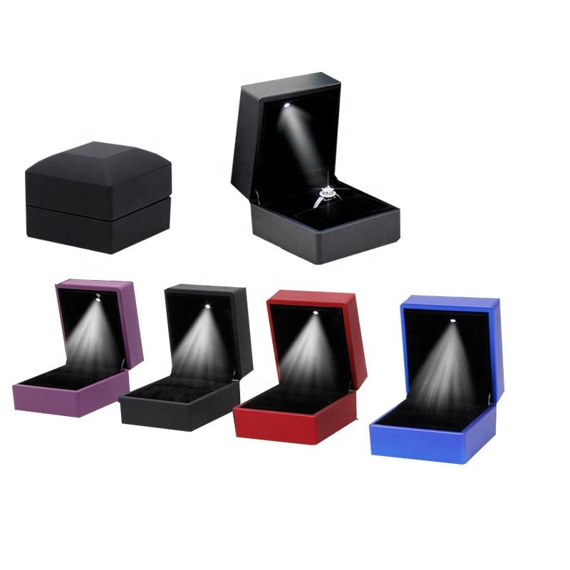 custom Hot Selling LED Lighting plastic jewlery' box Earring Ring Gift Box Wedding Engagement Ring Jewelry box packaging