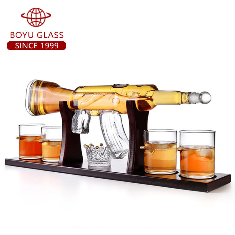Whiskey Drinking Vessel Pyrex Glass Crystal Gun Shape Whiskey Decanter Gift Set