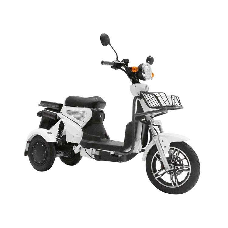 Factory direct supply high power adult 3 wheel scooters delivery job motorbike electric scooter dual motor