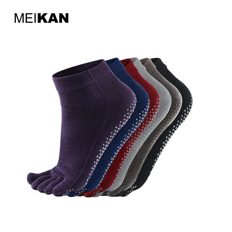 MEIKAN Wholesale Anti-slip Cotton Nylon Grip Socks Custom Non Slip Yoga 5 Toe Socks for Women