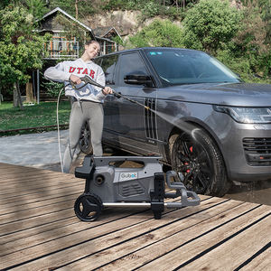 portable mobile tanks high pressure car washer to car  Garden Electric nini pressure cleaner tools