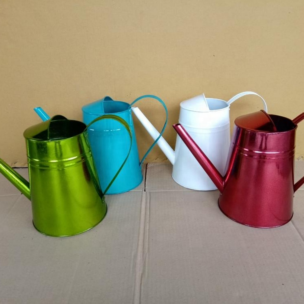 Metal watering can, zinc material, bicycle style, many color ...