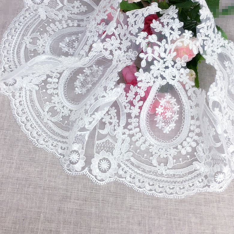 100% Polyester Wedding Dress Decorative Water Soluble Chemical Embroidered Border French Lace Trim