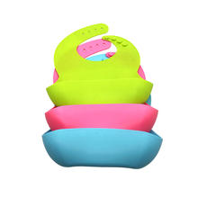 BPA Free Waterproof Baby Bibs with Food Catcher Silicone Baby Bib Wholesale Baby Bids Customized Silicone Bib